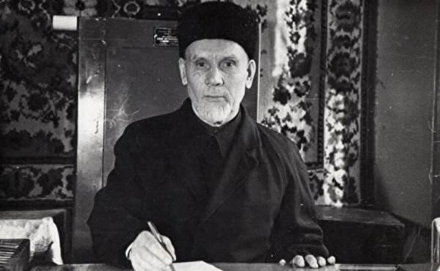 Rostov-na-Donu Katedral Camisinin son imamı - Kalamuddin hazrat Şangareyev.