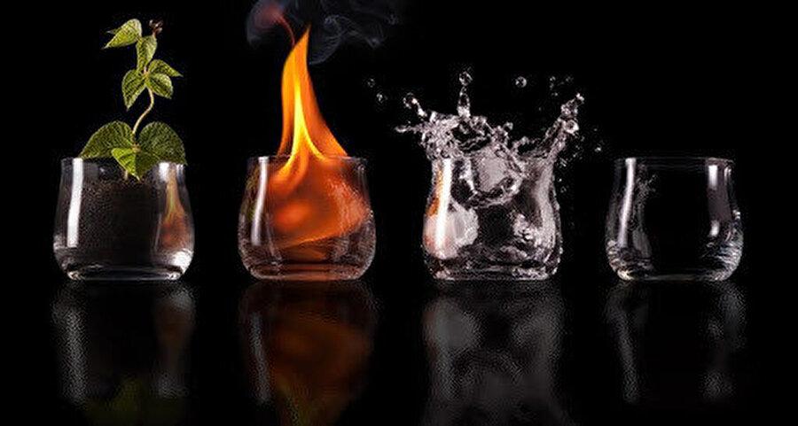 Meşşâîlere göre bu dünyadaki bütün cisimler, dört temel unsurdan oluşur: Toprak, su, hava ve ateş.