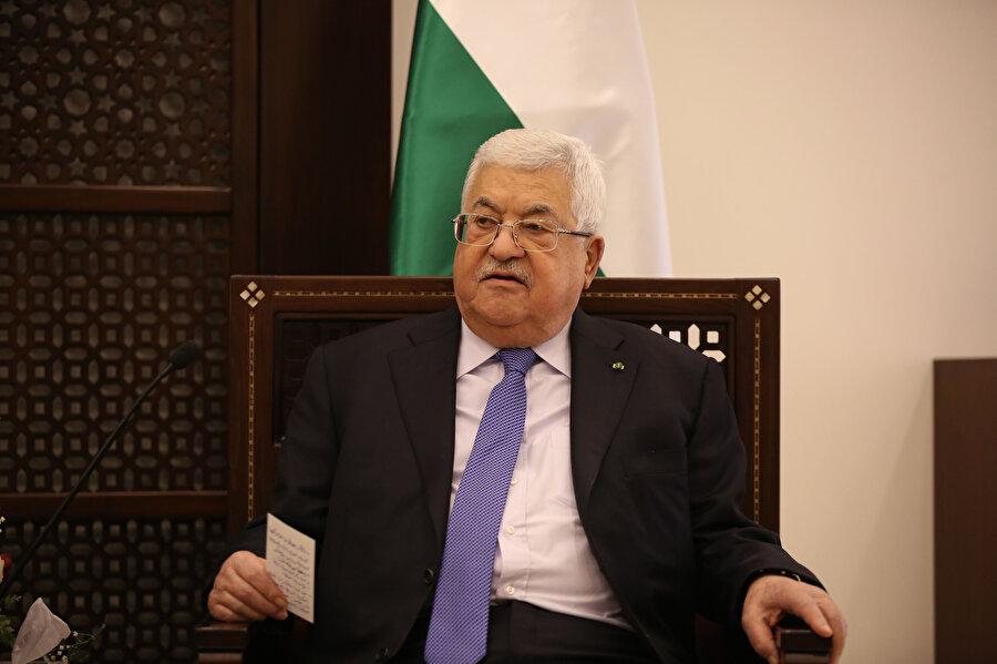 2005'te yapılan devlet başkanlığı seçimlerinde Mahmud Abbas kazanmıştı.