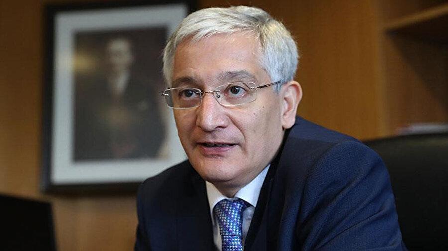 Türkiye'nin Filistin nezdindeki Kudüs Başkonsolosu Büyükelçi Ahmet Rıza Demirer uluslararası toplumu seçimlerin sonuçlarına saygı duymaya çağırdı.
