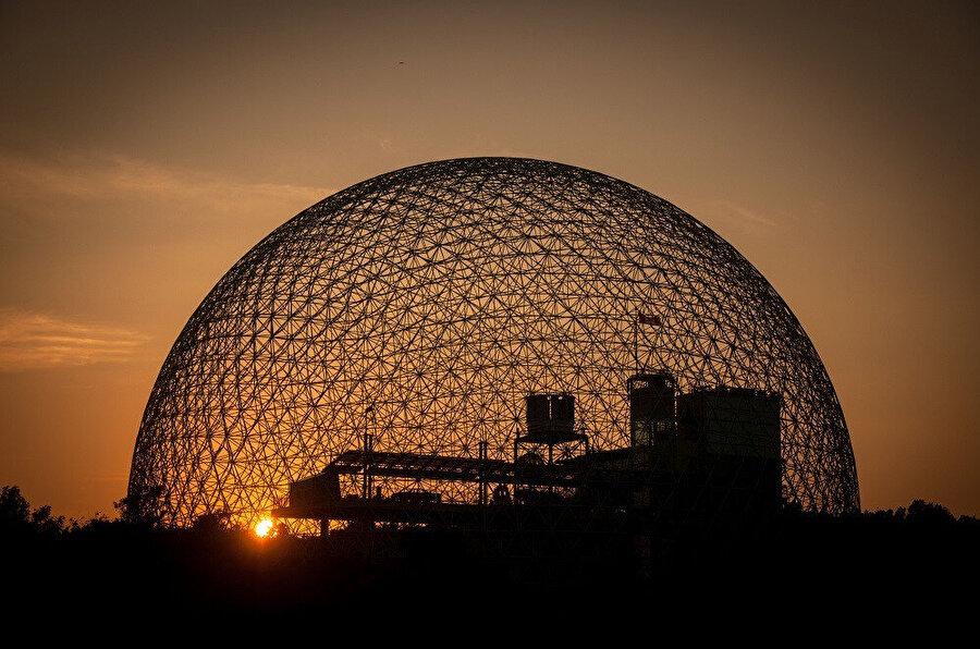 Biyosfer'de gün batımı.