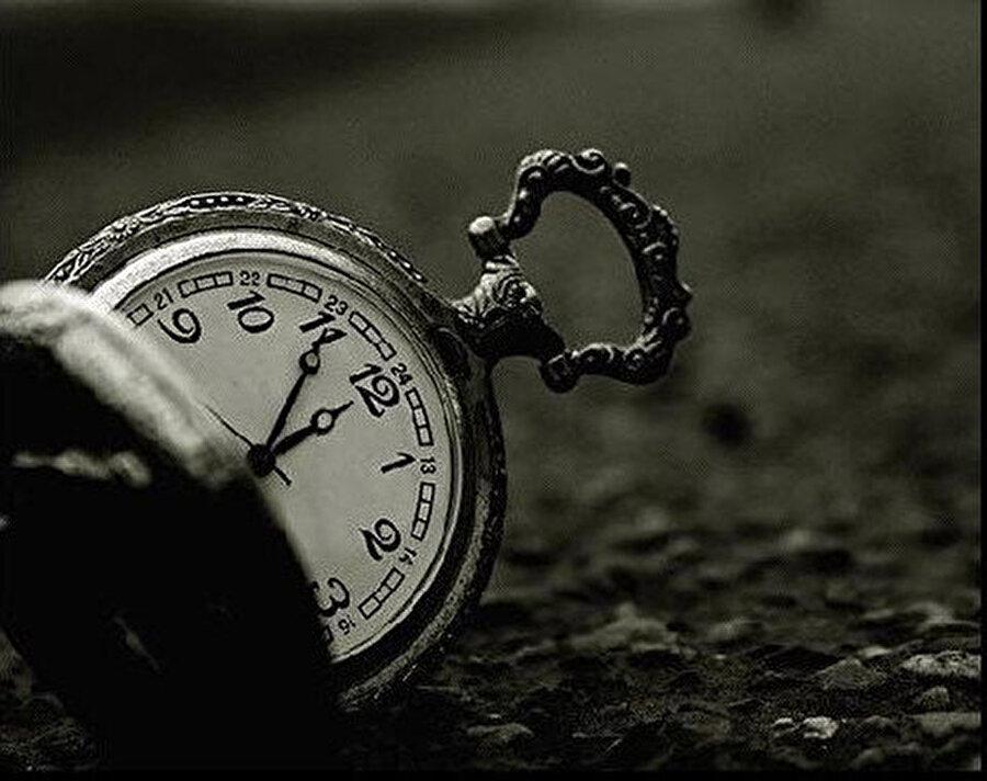 Bazı saatlerin ölçülemez olduğuna kanaat getirmek gerek.