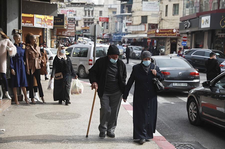 İşgal altındaki topraklarda yaşayan Filistinliler.