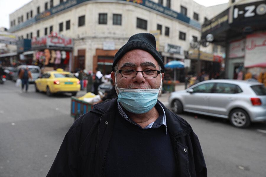 Filistinliler aşının temininden İsrail'i sorumlu tutuyor.