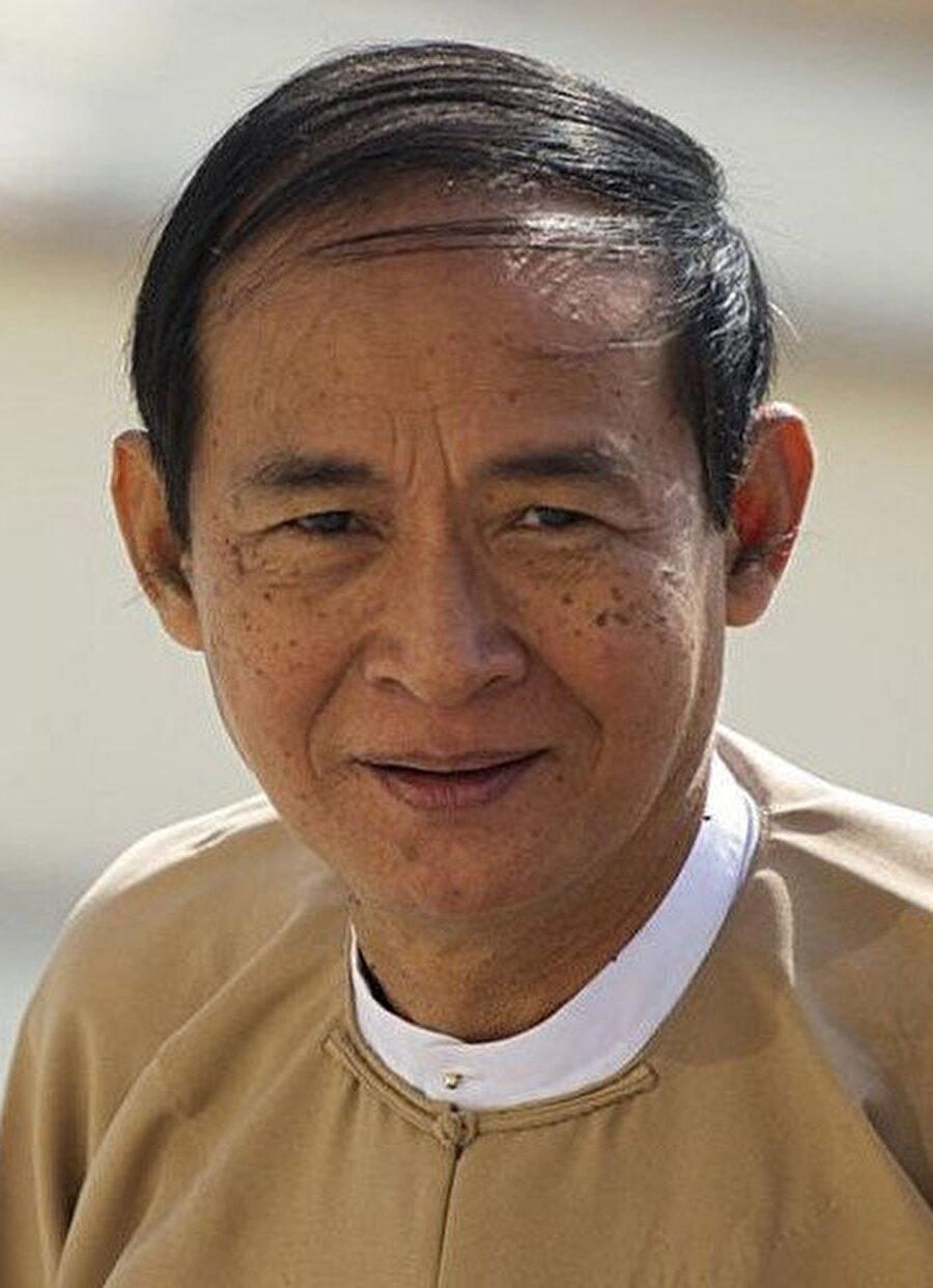 Gözaltına alınan Myanmar Devlet Başkanı Win Myint - Arşiv