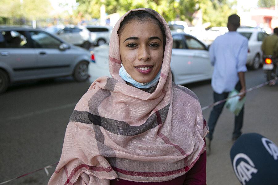 Üniversite öğrencisi Hasan Said Muhammed, Sudan'da Kovid-19 ve aşıya karşı ön yargı olduğunu dile getirdi.
