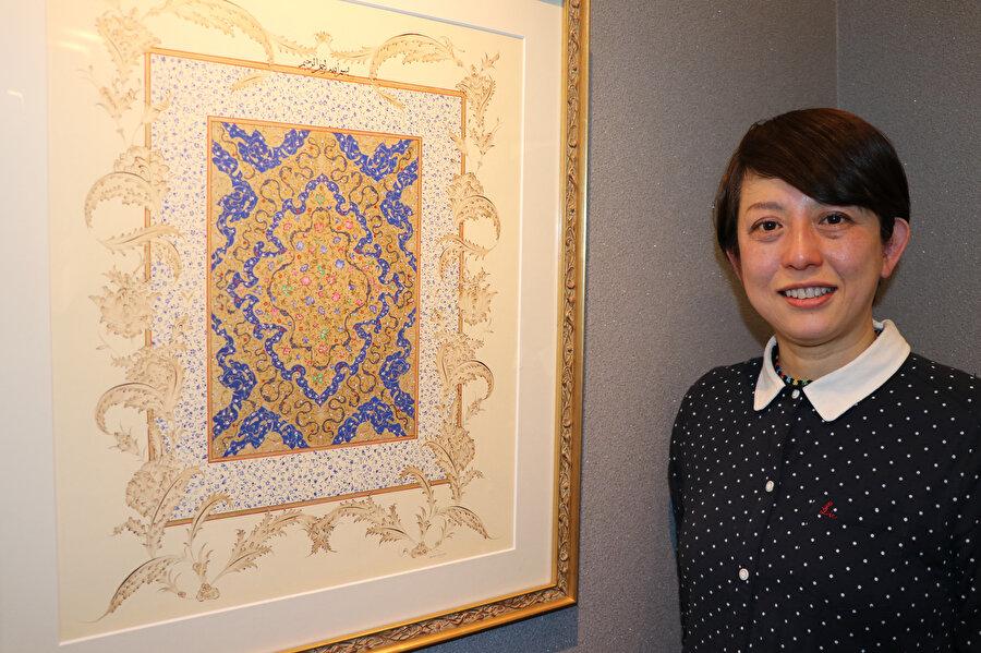 Fumiko, çocukken okuduğu ansiklopedide geleneksel Türk ve İslam motifleriyle karşılaştığını ve oldukça ilgi duyduğunu söyledi.