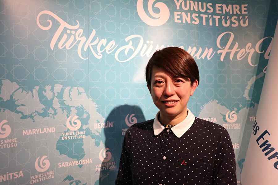 Fumiko 2014'ten beri Yunus Emre Enstitüsü Tokyo'da tezhip ve ebru eğitimlerine devam ediyor.