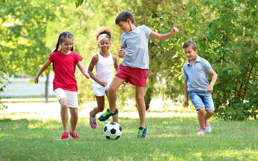 """""""Oyun"""" üzerine konuşurken, kaçınılmaz olarak çocuk üzerine de konuşmuş oluruz."""