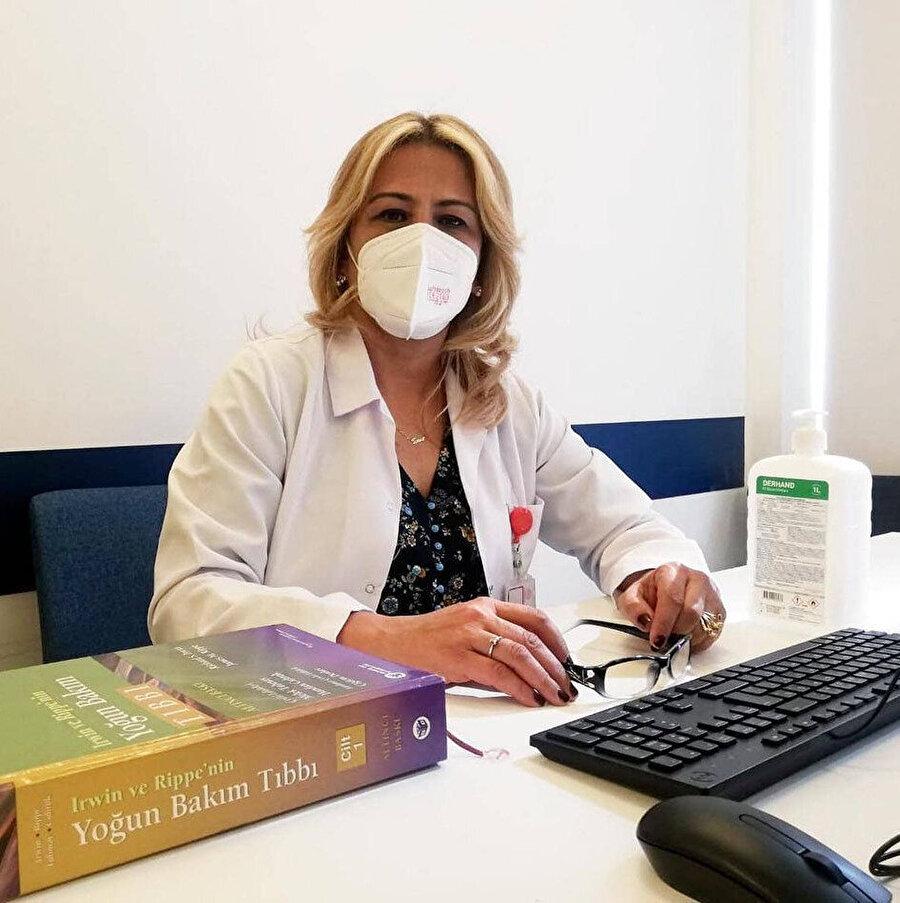 Bilim Kurulu Üyesi ve Ankara Şehir Hastanesi Yoğun Bakım Uzmanı Doç. Dr. Sema Turan