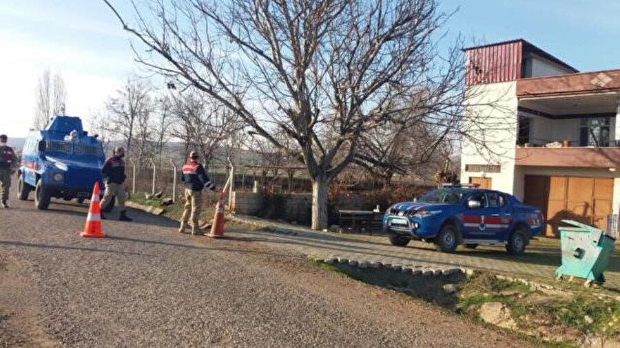 50 hanelik köy karantinada
