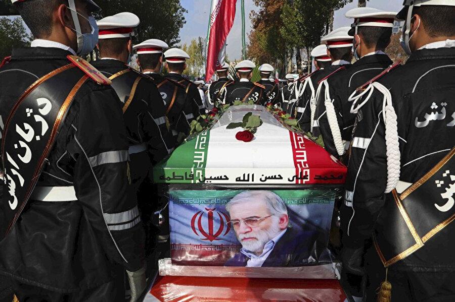 Muhsin Fahrizade'nin cenaze töreni.