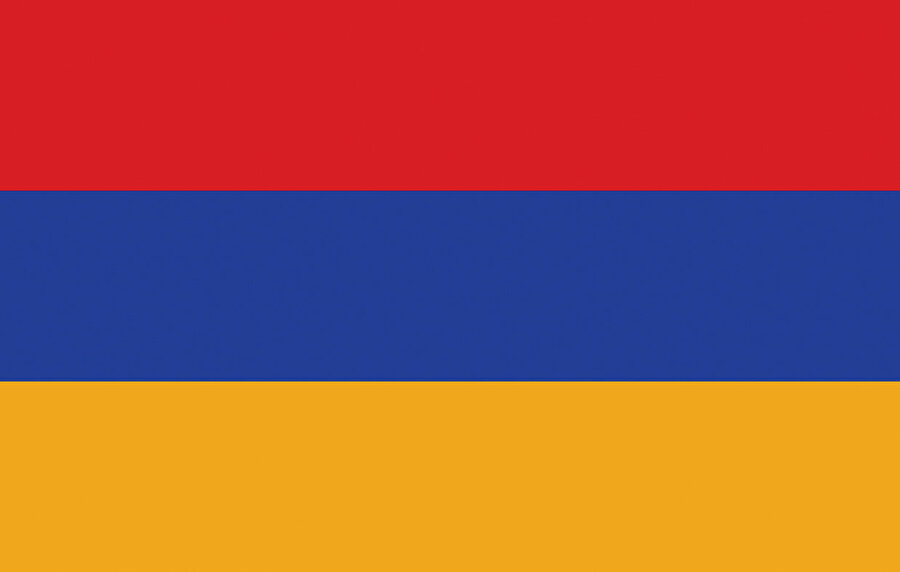 Ermenistan bir Sovyet parantezi olarak Türkiye sınırında yaşatılmıştır.