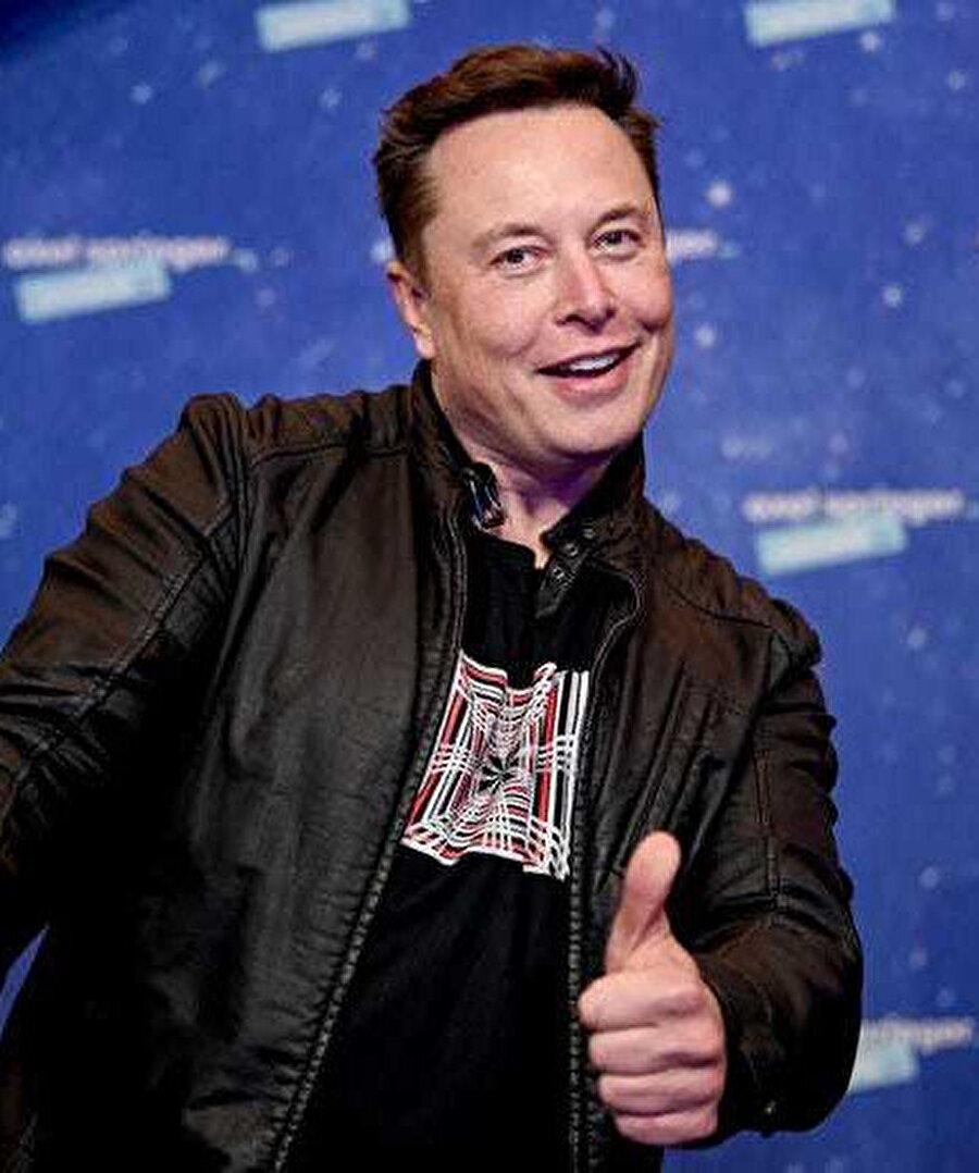 SpaceX CEO'su Elon Musk, uzay seyahatinde çığır açması planlanan Starlink üzerine çalışıyor