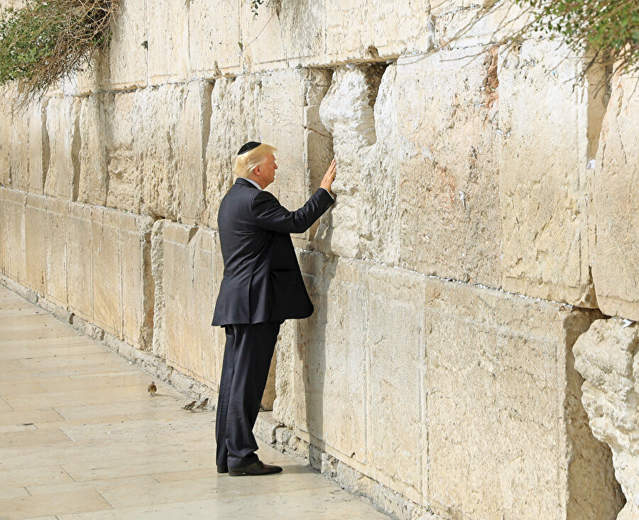 İsrail'in başkenti artık Kudüs'tü ve ABD elçiliği Tel Aviv'den Kudüs'e taşınacaktı.