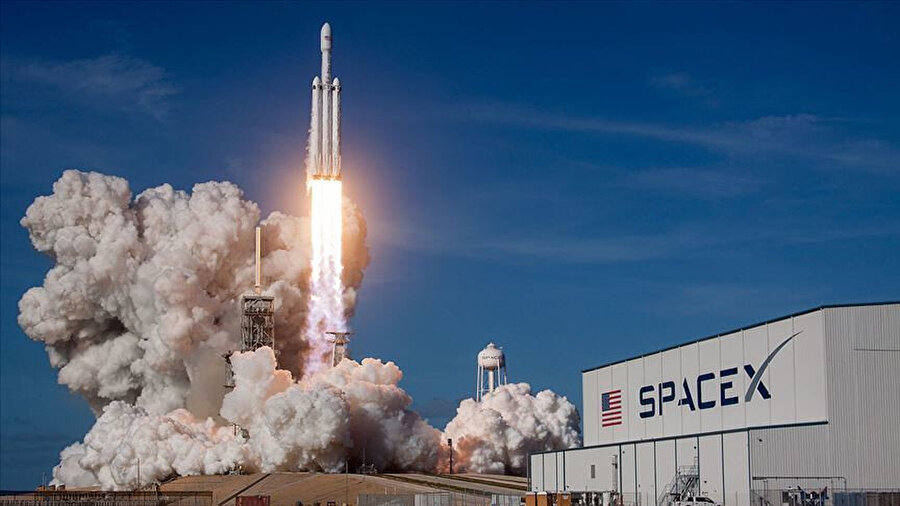 Özel şirketler Uzay turizmini başlatmak istiyor