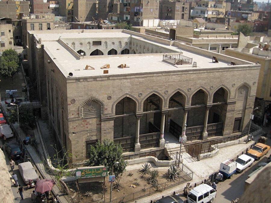 Fâtımîlerden günümüze ulaşan, Salâh Talâi Camii.
