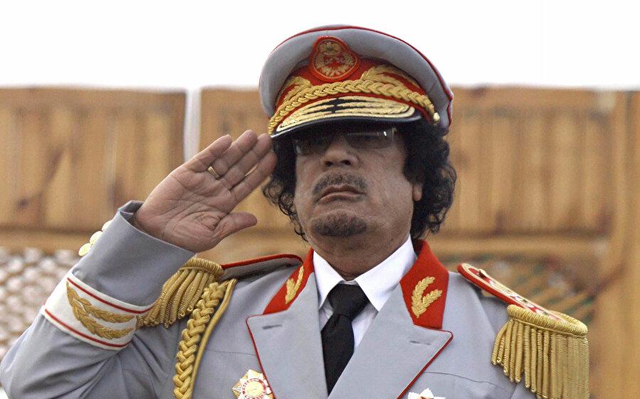 Libya'yı 42 yıl demir yumrukla yöneten Kaddafi'nin 20 Ekim 2011'de öldürülmesinin ardından ülkede yaklaşık yarım asırlık bir dönem de sona ermiş oldu.