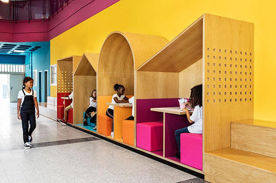 Tel Aviv'de mülteci çocuklar için tasarlanan Hayarden İlköğretim Okulu.