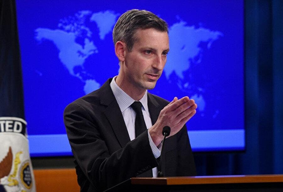 Price, Biden yönetiminin ABD-Suudi Arabistan ilişkilerini tüm boyutlarıyla yeniden ele aldığını ve bu ilişkiyi revize ettiğini anlattı.