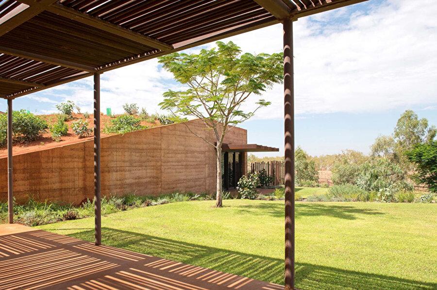 Birimlerin önüne birer veranda tasarlanıyor.