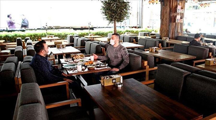 Gevşemeyle kafe ve restoranların açılması da bekleniyor