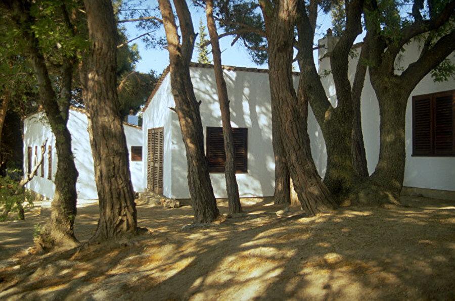 """Sedat Gürel tarafından tasarlanan, """"Sedat Gürel Evi"""", küçük tatil evleri topluluğundan oluşuyor."""