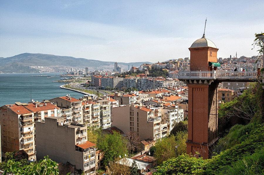 İzmir - Tarihi Asansör.