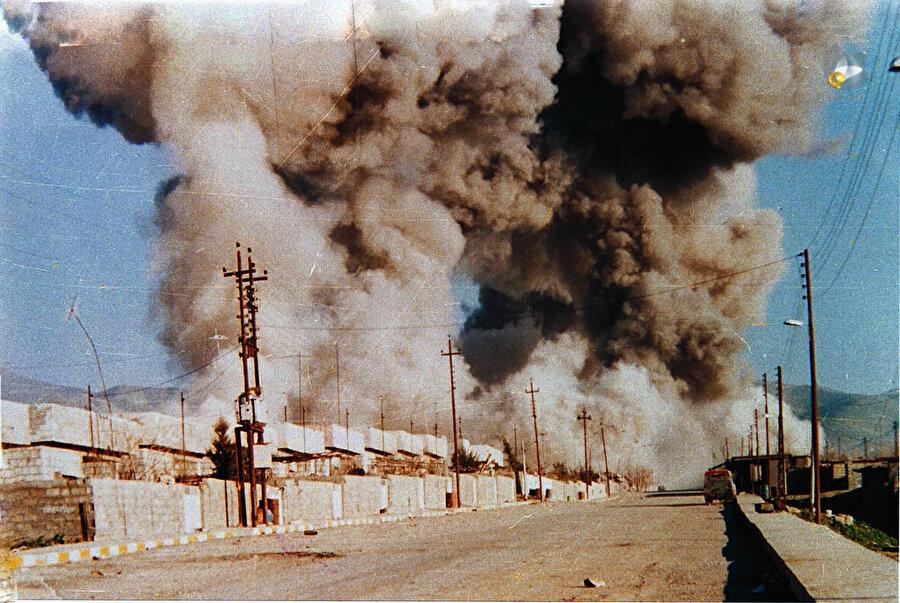 İran-Irak Savaşı, iki taraftan toplam bir milyondan fazla insanın ölümüne yol açmıştı.