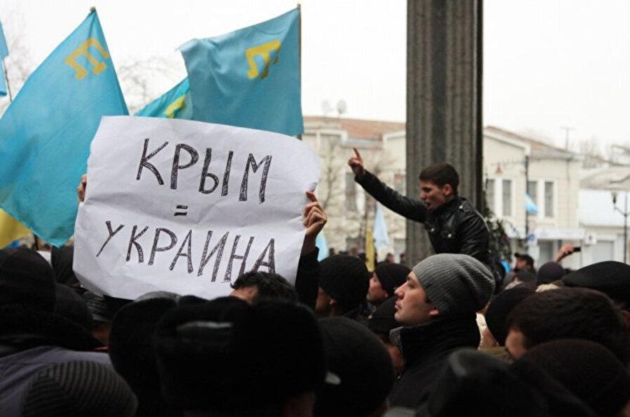 Referanduma uluslararası kuruluşlar ve pek çok ülke karşı çıktı.