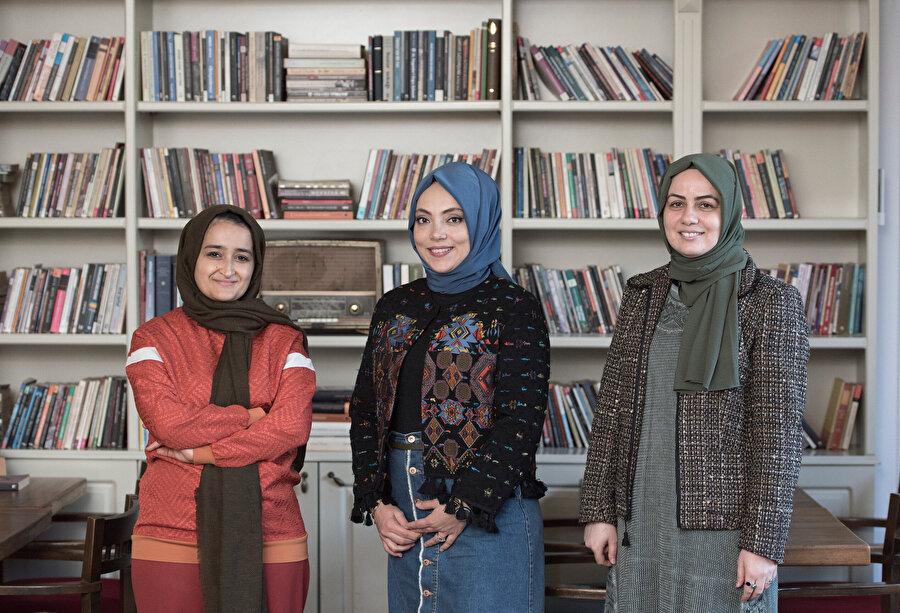 Soldan Sağa: Merve Akbaş, Ayşe Kaya Göktepe, Kübra Kuruali Yaşar