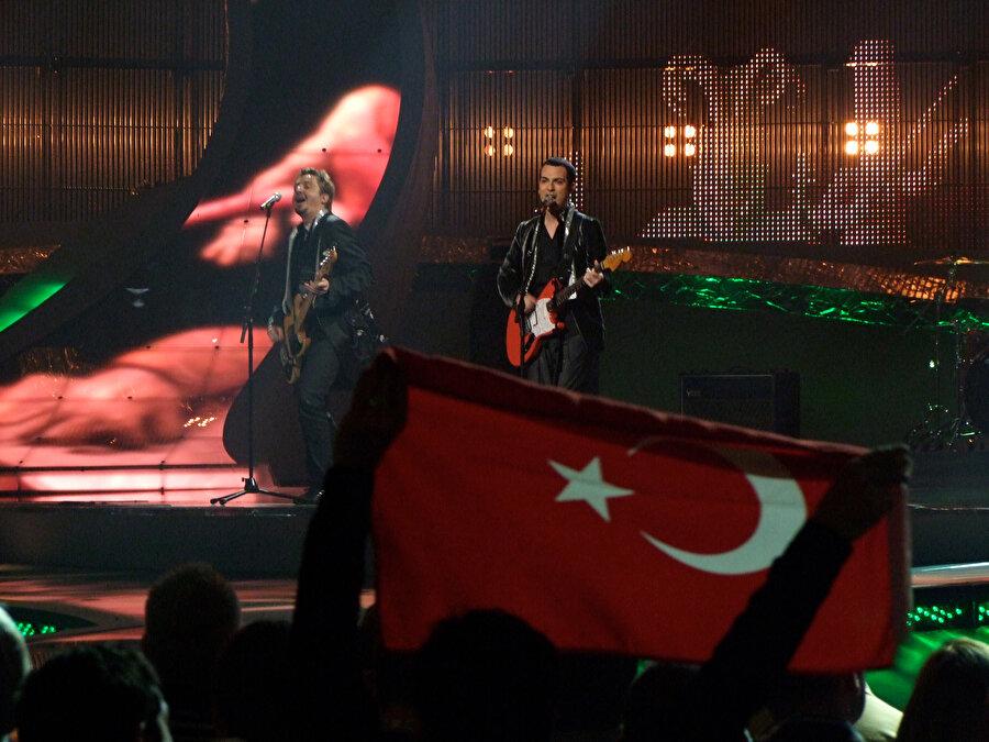 TRT Gelel Müdürü İbrahim Eren 2018'de yaptığı açıklamada, Eurovision'da yöneticileri nedeniyle zihinsel kaos olduğunu ve bunu düzeltirlerse Türkiye'nin yarışmaya geri dönebileceğini belirtmişti