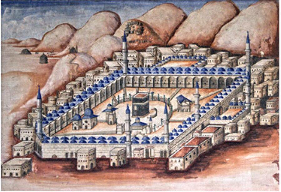 İzmir Kılcızade Camii kuzey cephedeki giriş kapısının üzerinde yer alan yer alan Kâbe tasvirli duvar resmi.