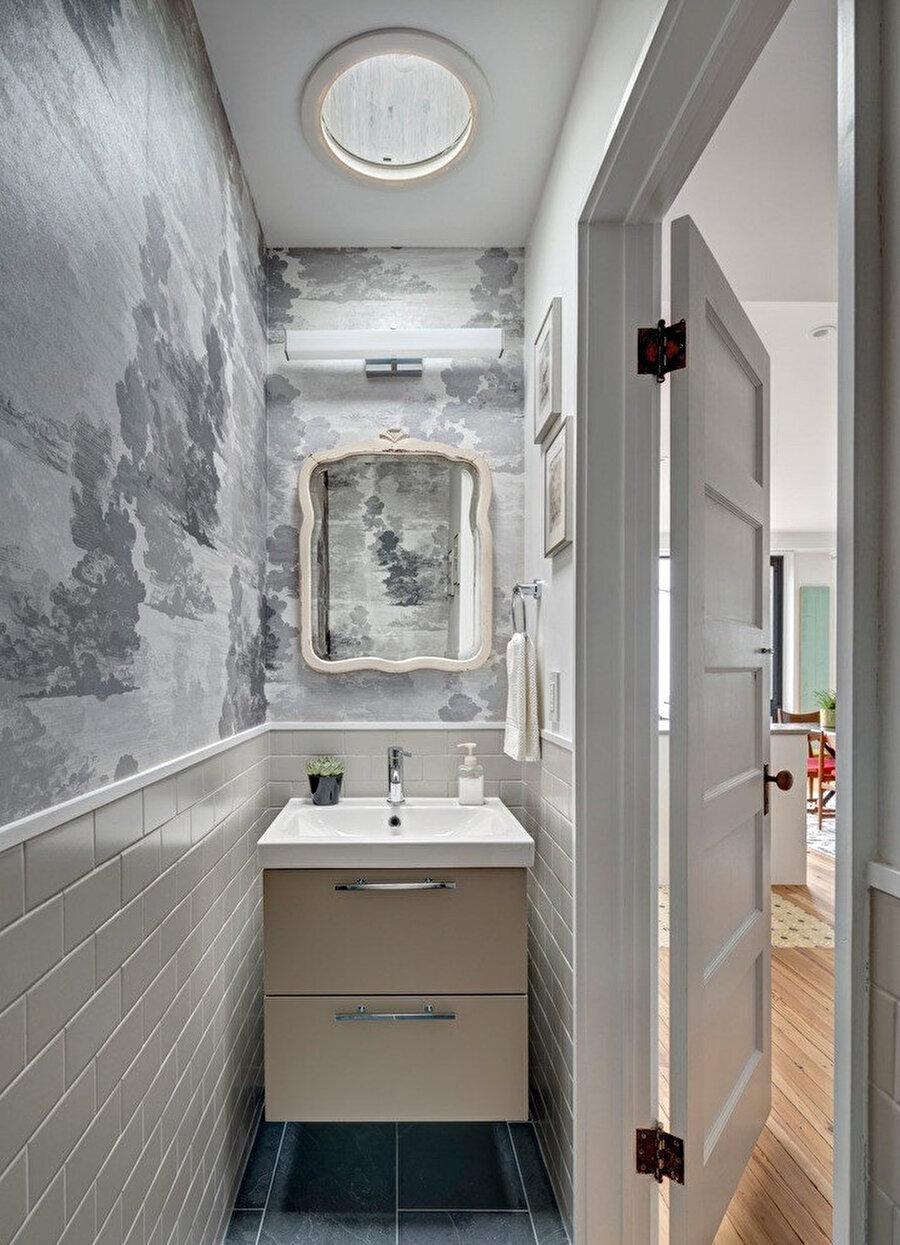 Giriş katta bulunan lavabo.