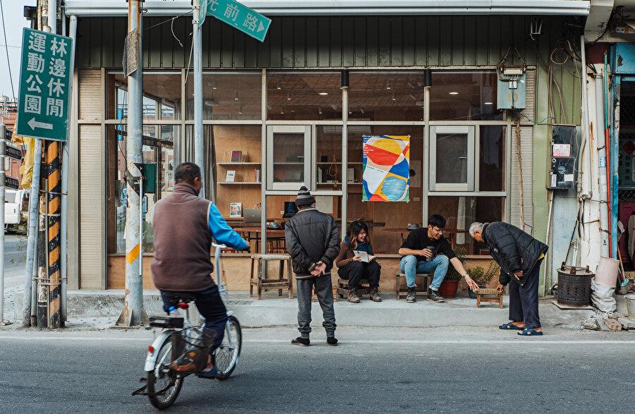 Sokak düzleminden görsel.