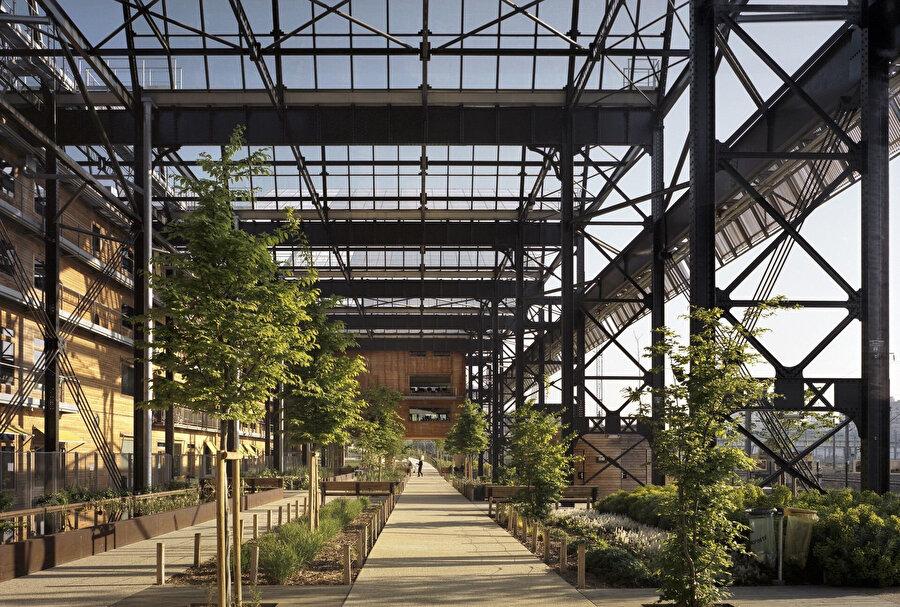 Rosa Luxemburg Bahçeleri, kentsel peyzajı iyileştirerek kamusal yeşil alanlara yer açmak amacıyla oluşturuluyor.