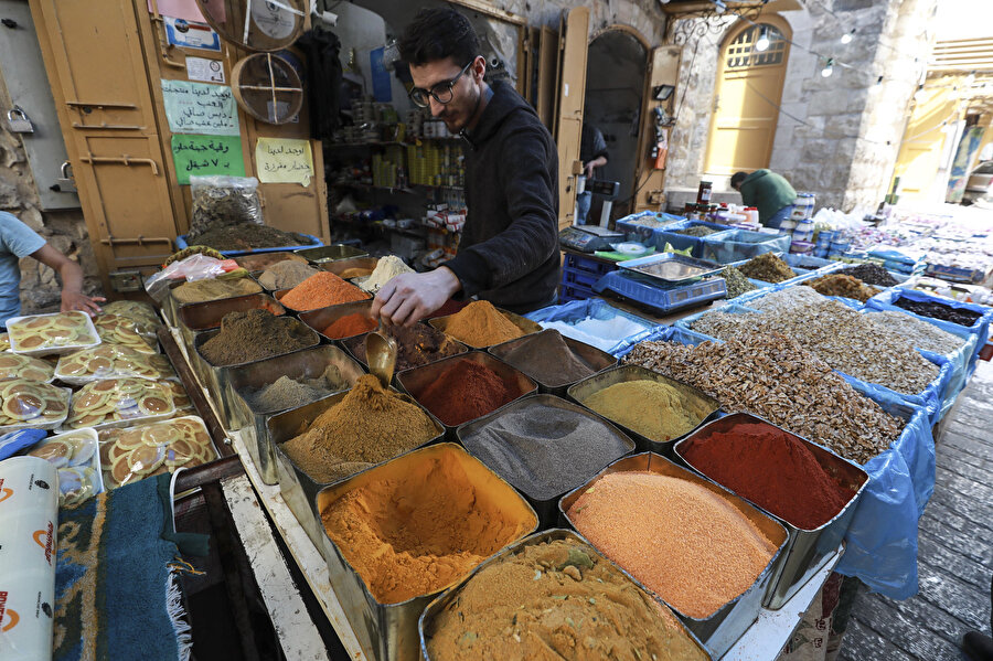 Çarşı ve pazarda ramazan bereketi.