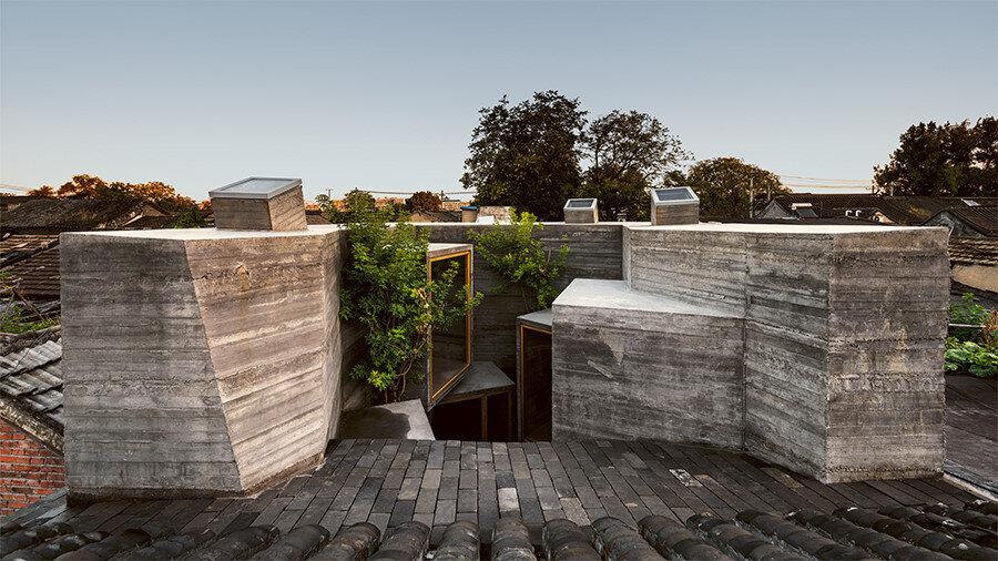Açılabilir tavan pencereleri.