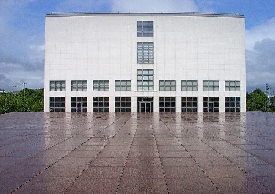 Çağdaş Sanat Müzesi, Hamburg (Almanya), 1995.