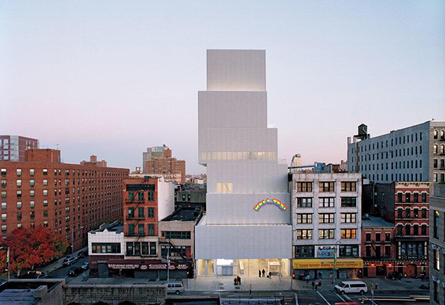 New Museum, SANAA (Pritzker 2010) imzalı 2007 yılında New York'ta tamamlanmış olan müze yapısı.
