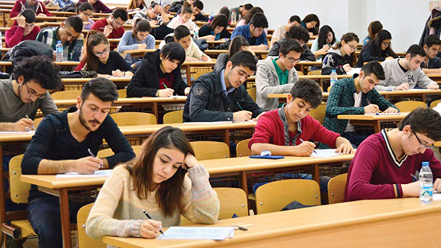 Türkiye'de eli ayağı düzgün eğitim–öğretim, ne yazık ki, verilemedi.