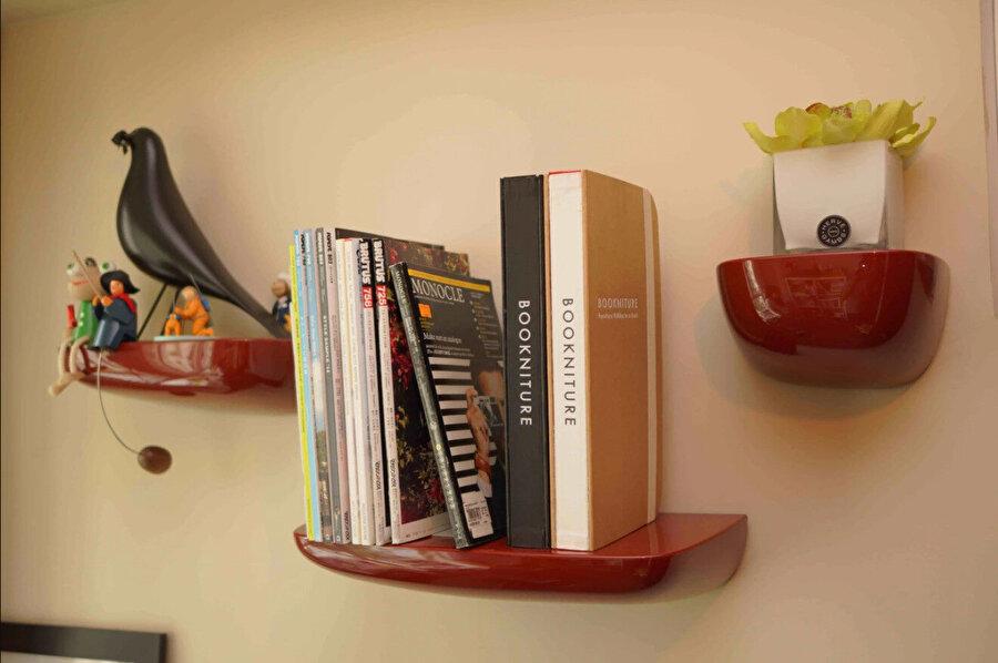 Petek form, mobilya endüstrisinde, kompozit levhalarda, masa veya raflarda yaygın olarak kullanılıyor.