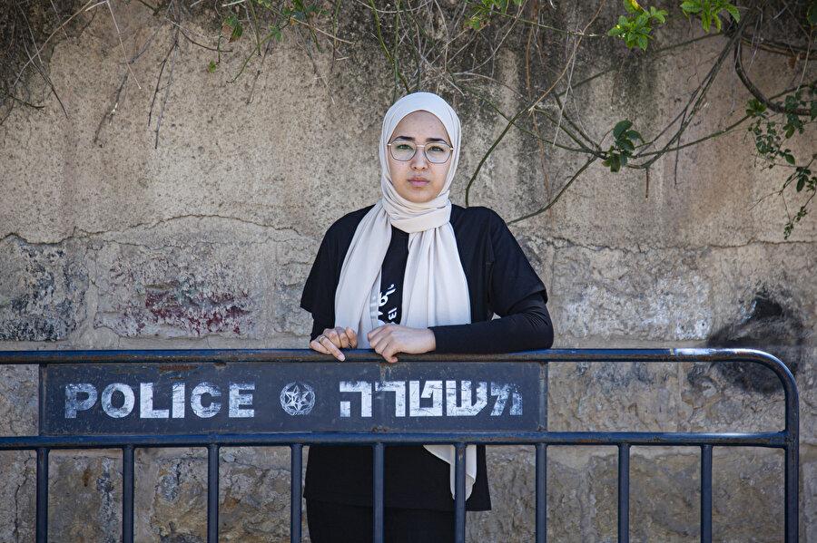 Filistinli aktivist Asale Kasım Ebu Hasna.