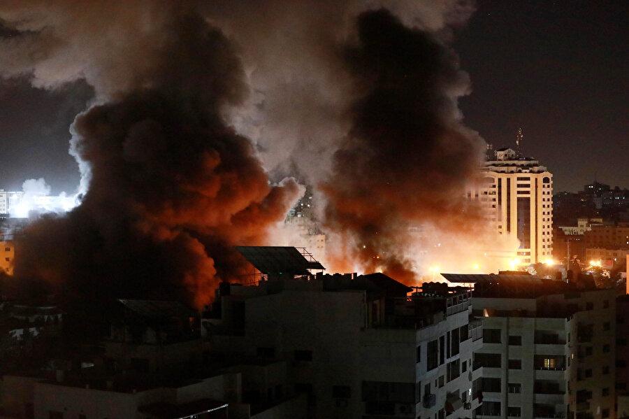 Saldırılar nedeniyle Gazze'nin bazı bölümlerine elektrik verilemiyor.