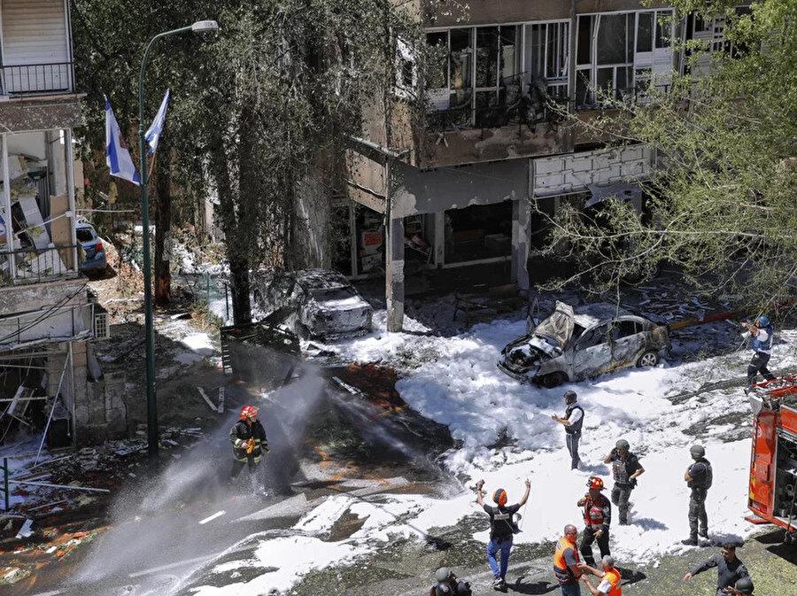 Gazze Şeridi'nden fırlatılan ve İsrail'de merkezi bir bölgeye düşen füze.