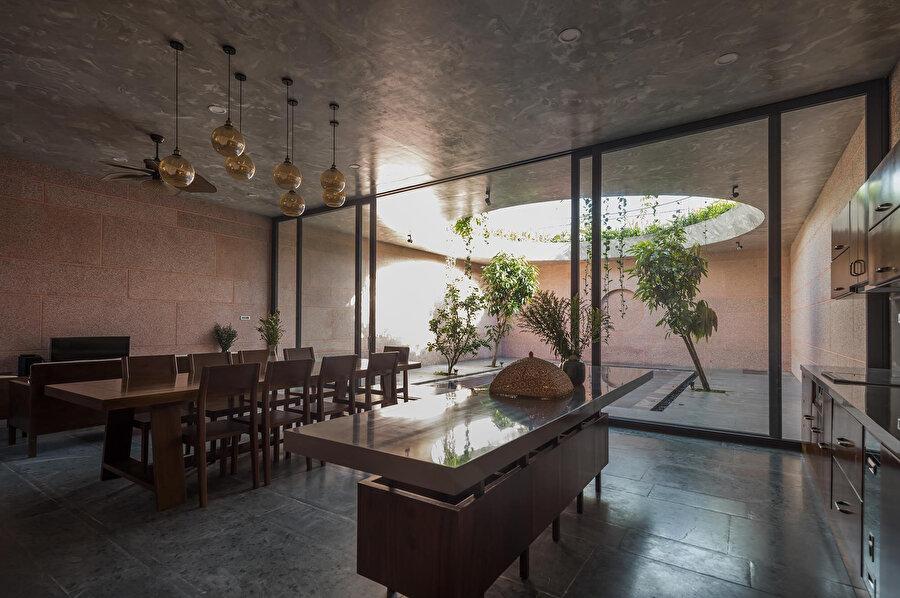 Yapı, Mimari: İnşa Edilmiş Projeler alanında ödül alıyor.