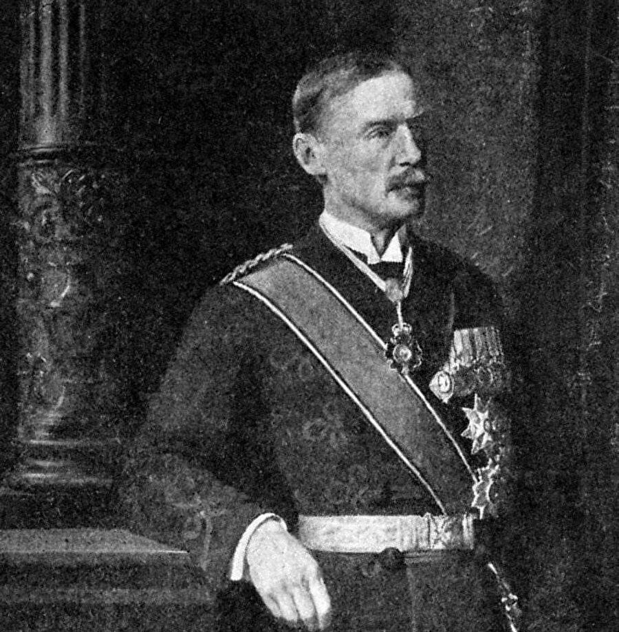 İngiltere'nin Mısır Valisi Henry McMahon.