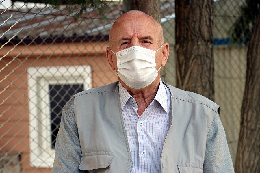 1989 yılında Bulgaristan'ın Türklere uyguladığı zorunlu göç politikası nedeniyle Sakarya'ya göç eden Selim Dönmez.