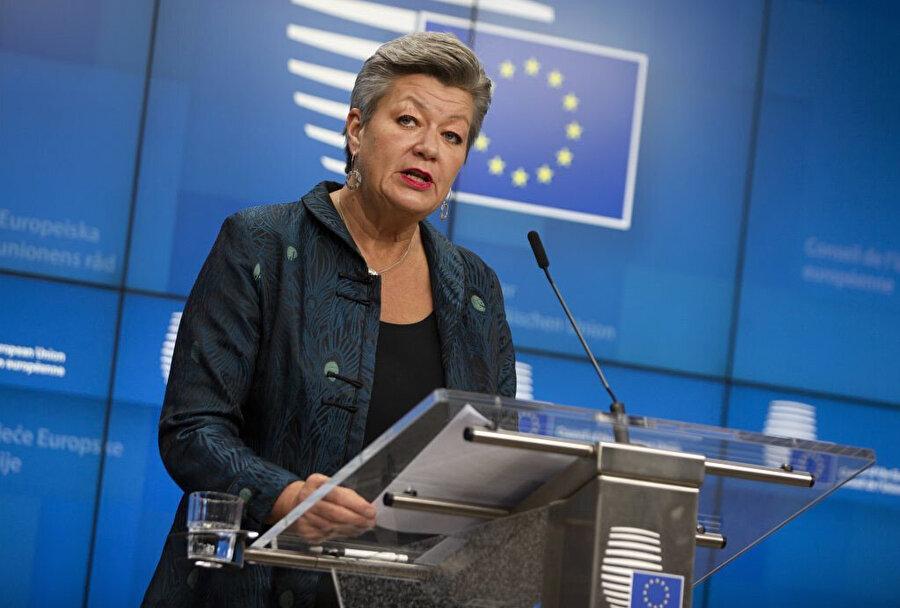 AB Parlamentosu İç İşleri Sorumlusu Ylva Julia Margareta Johansson İspanya'nın sınırlarının aynı zamanda Avrupa'nın da sınırları olduğu konusunda Fas'ı uyardı.