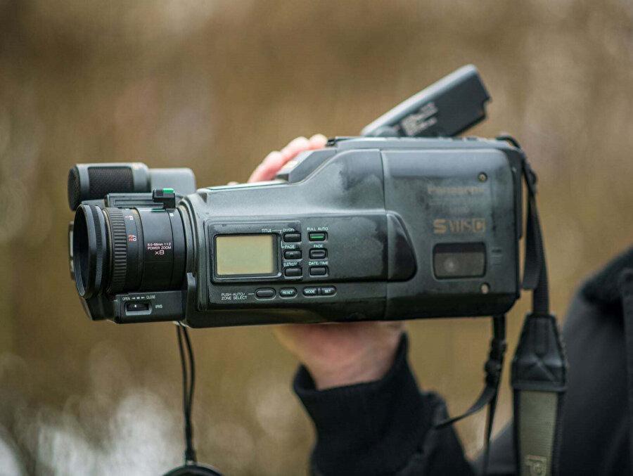 Zahirovic'in Bosna Savaşı'ndaki acı dolu günleri kaydettiği kamerası.